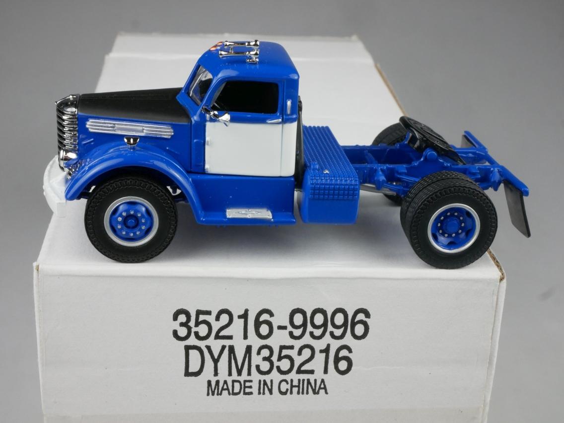 DYM35216 1948 Diamond T blau - 47715