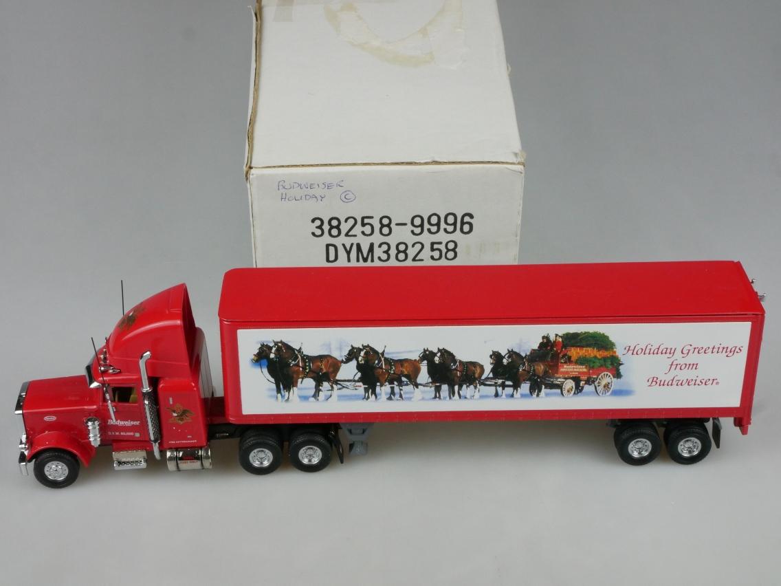 DYM38258 Peterbilt LGTT Budweiser - 47726