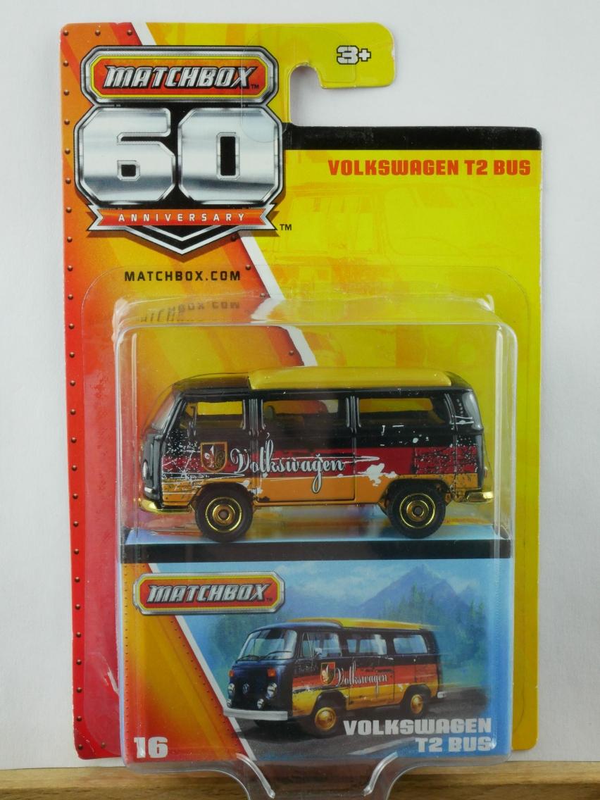 16 Volkswagen T2 Bus - 10362