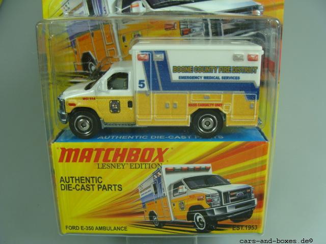 Ford E-350 Ambulance - 10811