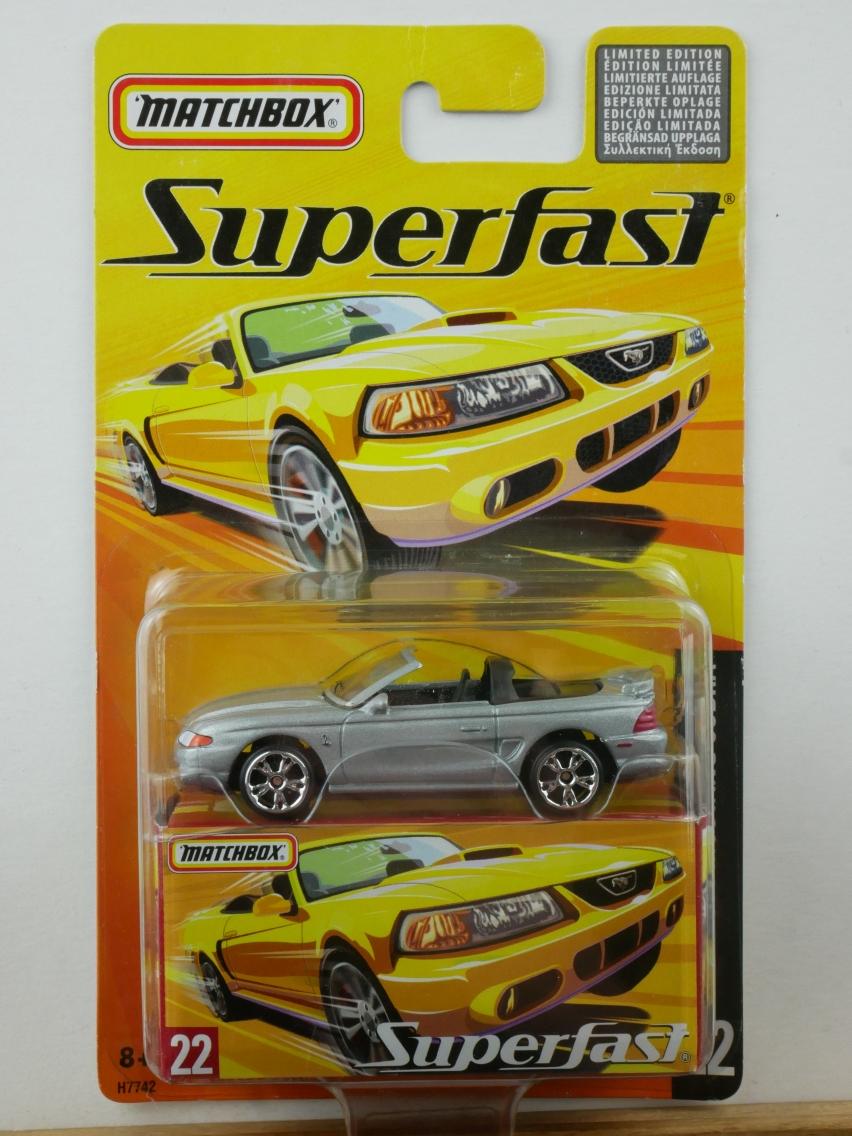 22 Ford SVT Mustang Cobra - 12043