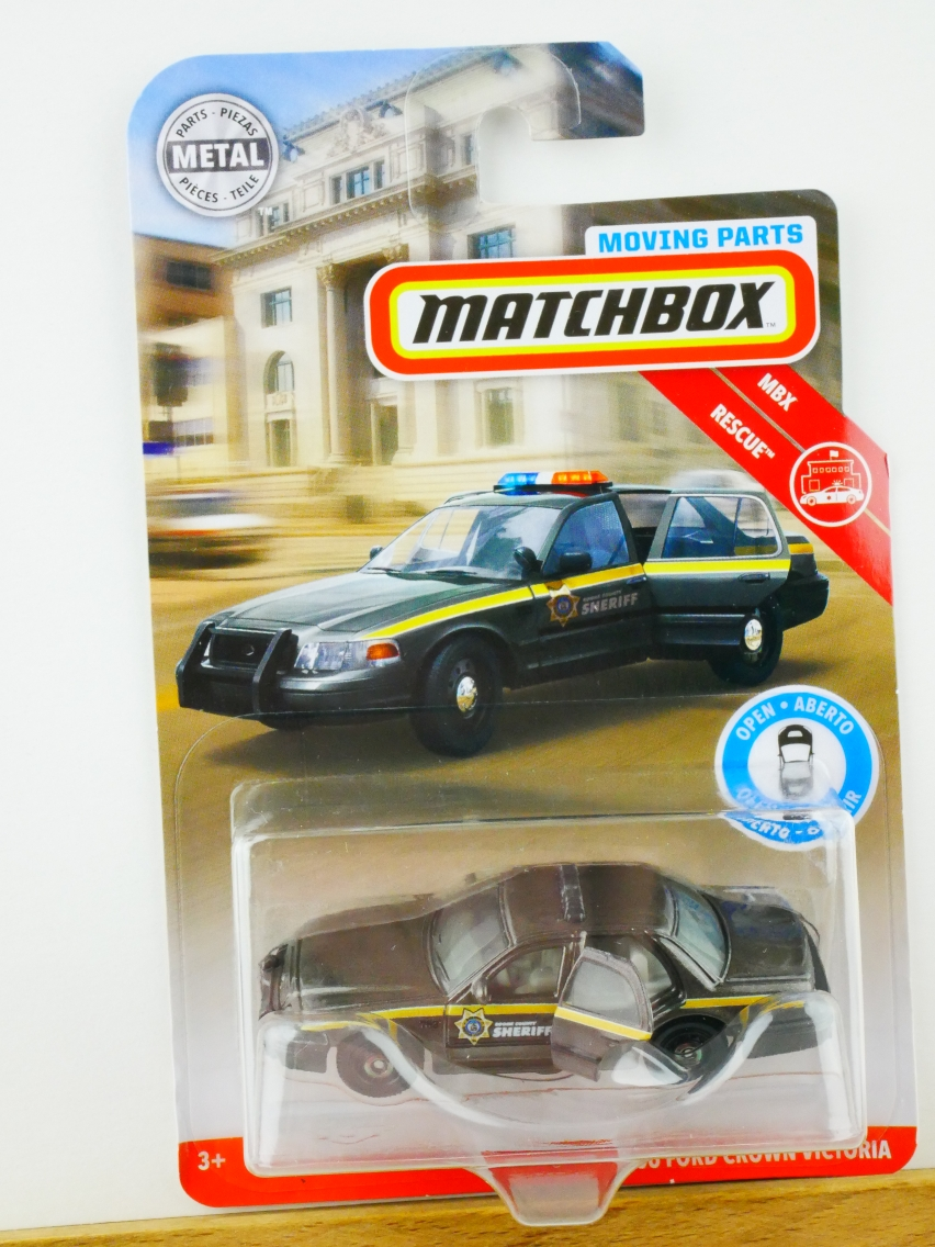 Matchbox Moving Parts '06 Ford Crown Victoria - 13556