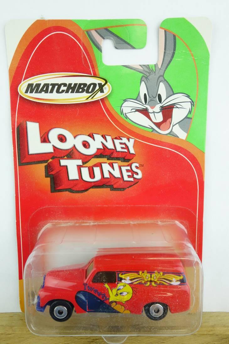 Looney Tunes Holden Panel Van - 15223