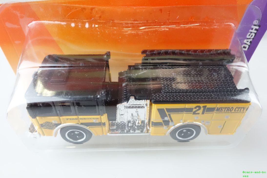 Pierce Dash Fire Engine / Feuerwehr - 15688