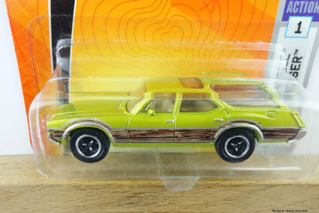 Oldsmobile Vista Cruiser - 16024