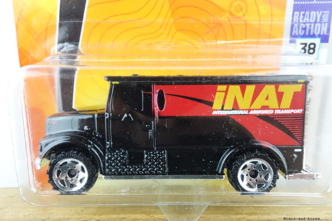 International Armored Car - 16074
