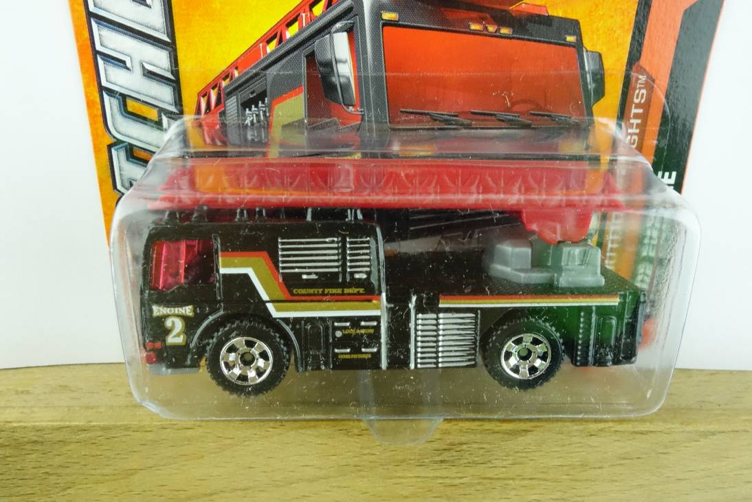 Flame Tamer Fire Engine - 16472