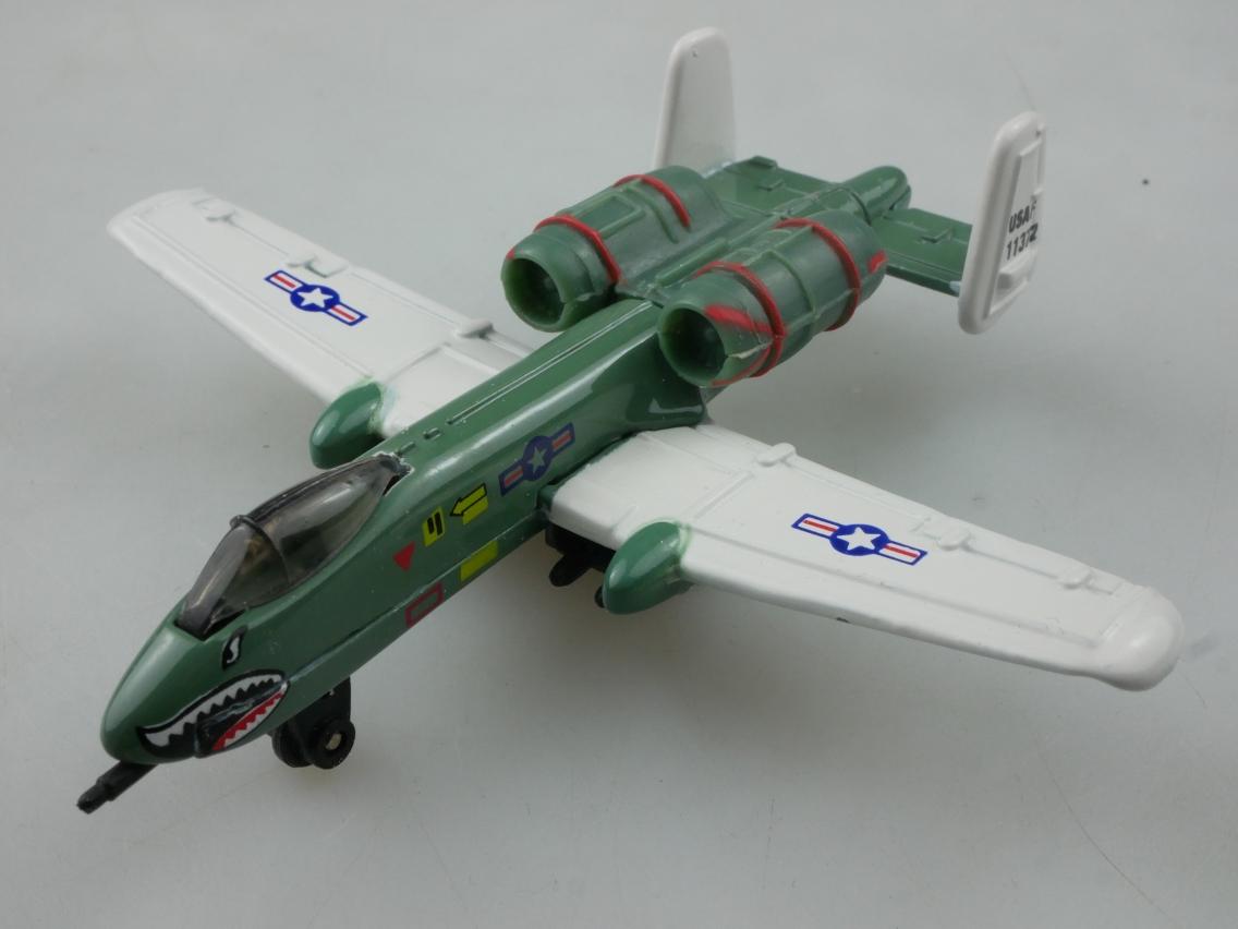 SB-32 Fairchild A-10 Thunderbolt - 28557