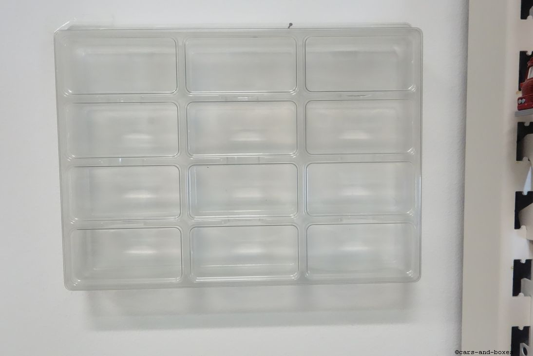 Wanddisplay 'Blisterstorage'  30,8 cm x 22,9 cm x 4 cm