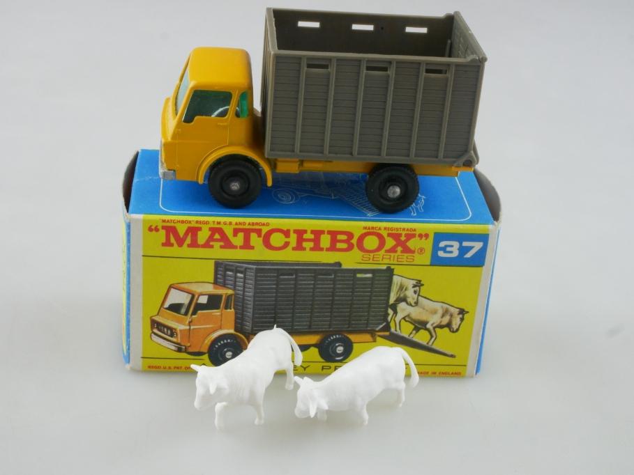 37c Dodge Cattle Truck - 34535