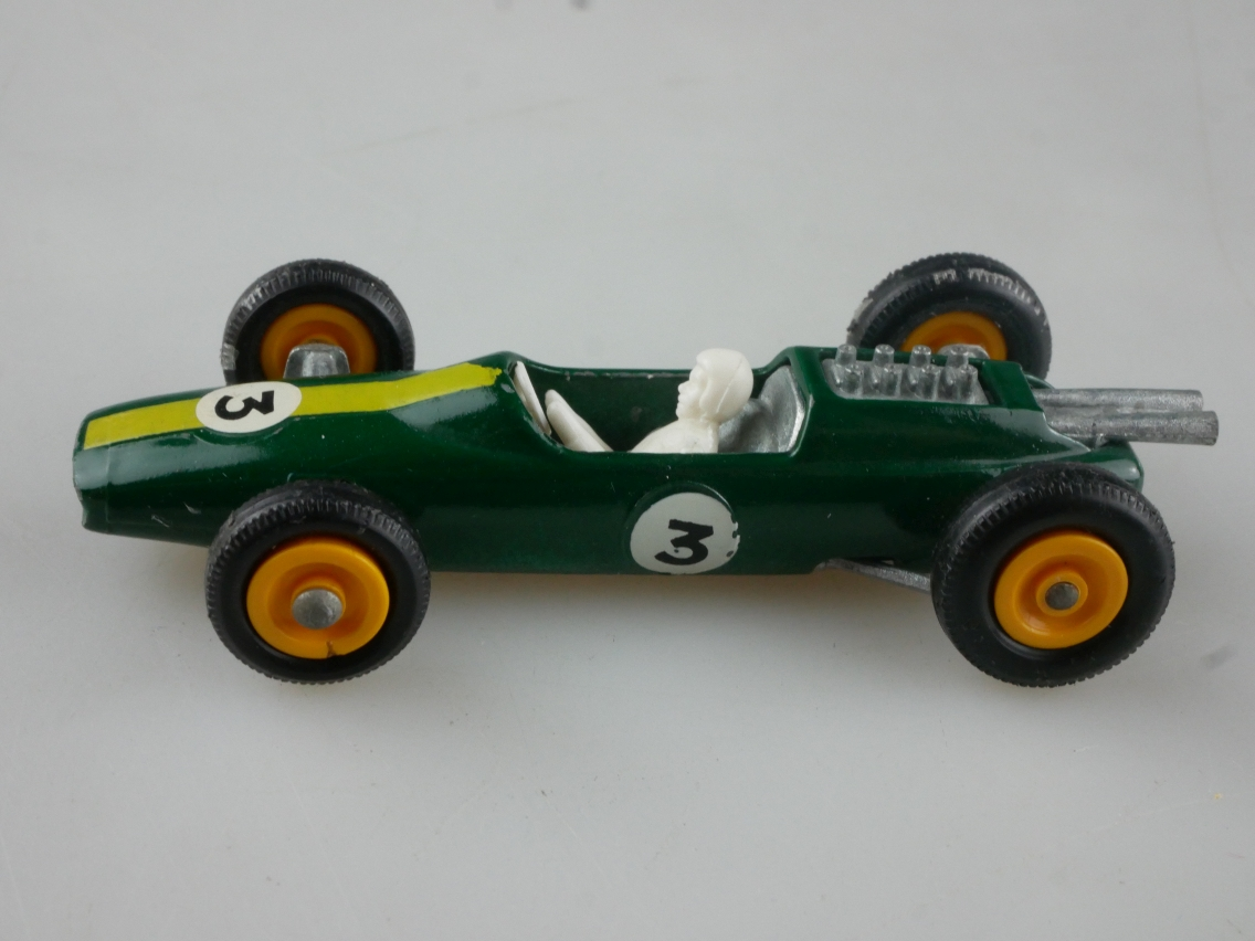 19d Lotus Racing Car - 36174