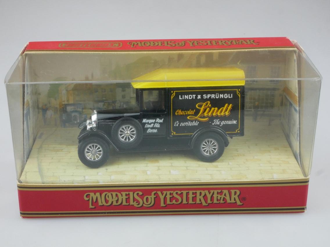 Y-47-1 1929 Morris Van Chocolat Lindt - 44421