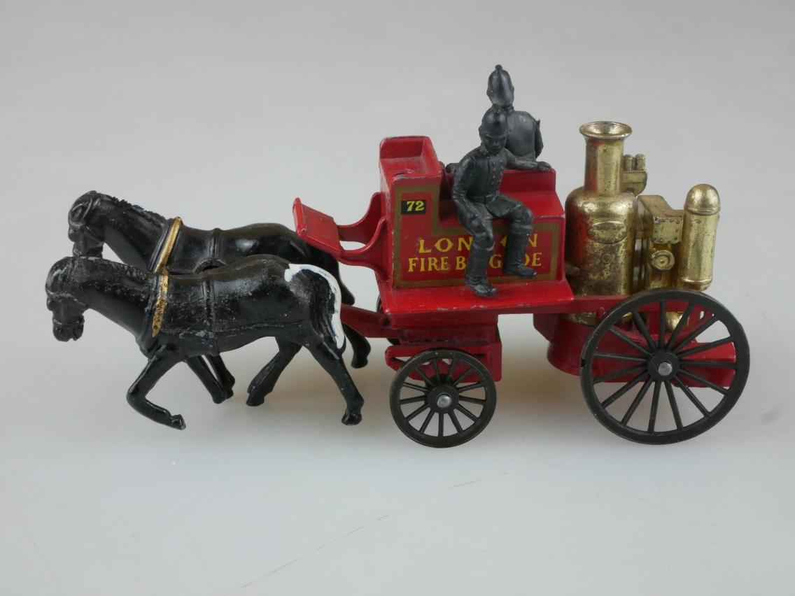 Y-04-2 Shand Mason Horse Drawn Fire Engine - 45019