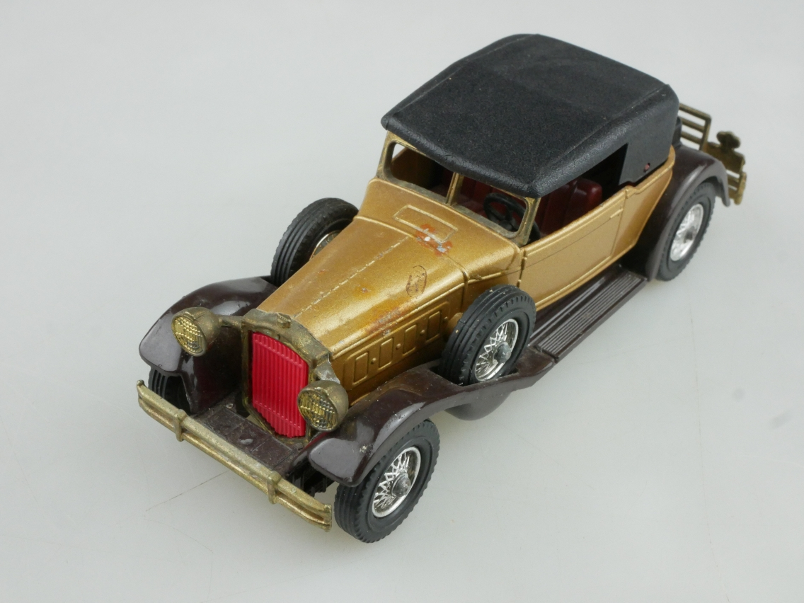 Y-15-2 1930 Packard Victoria - 46545