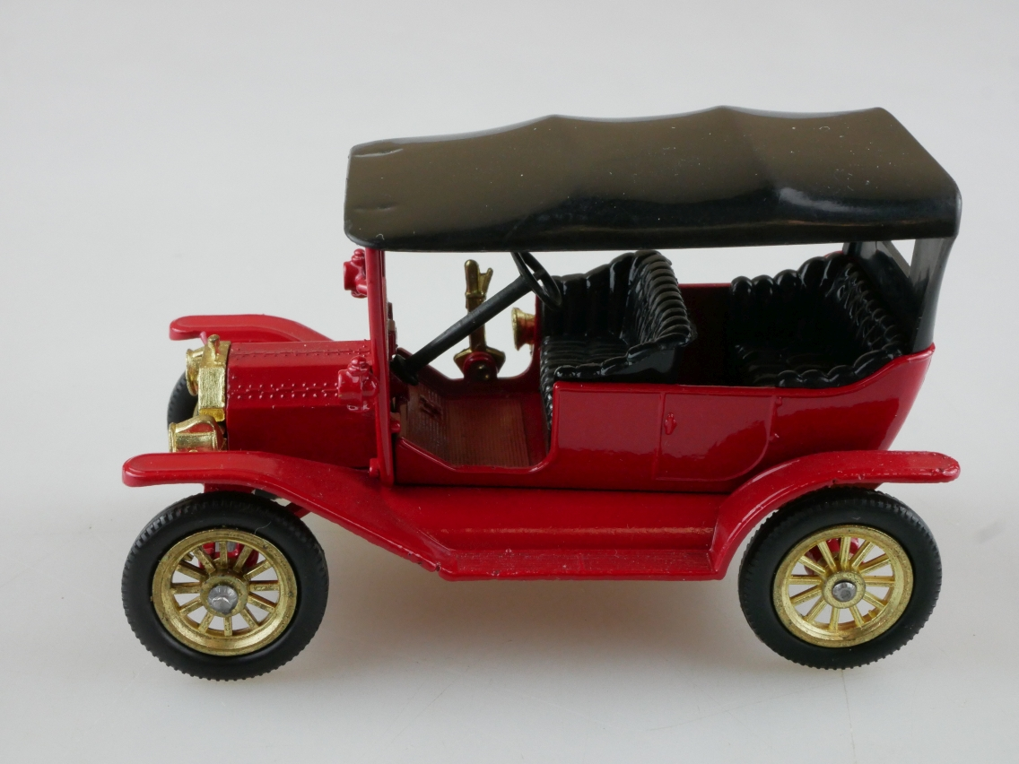 Y-01-2 1911 Ford Model T - 46943