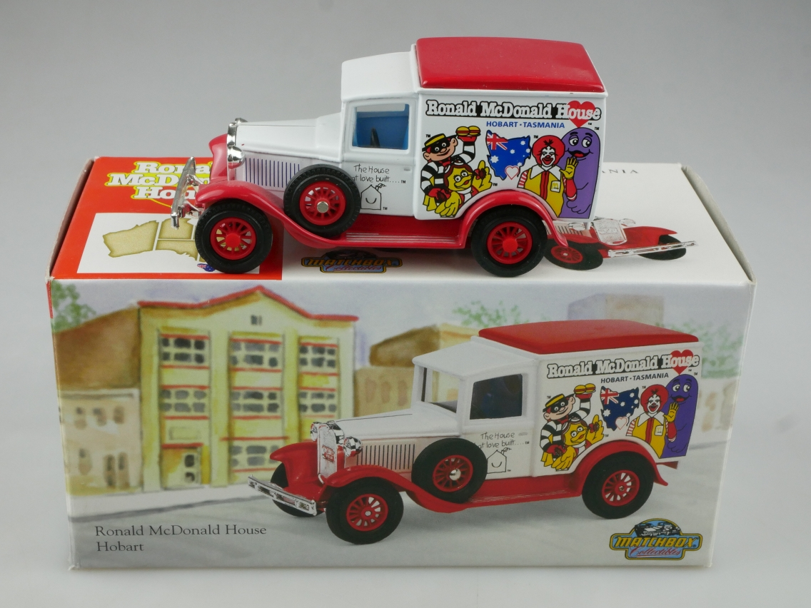 YCH07 1930 Ford A Lkw Ronald McDonald - 47155