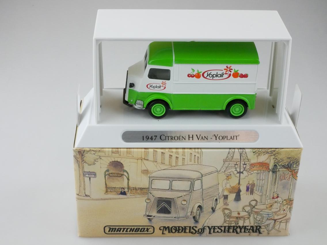 YTF03 1947 Citroen H Van YOPLAIT - 47186