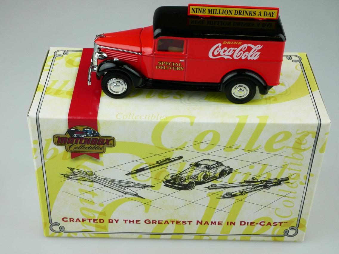 YPC02 1937 GMC Van Coca Cola - 47191