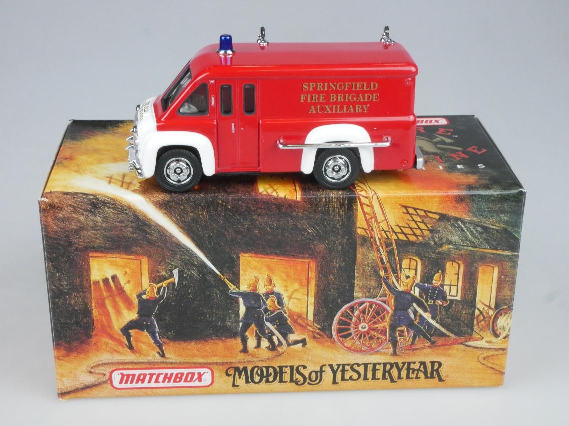 YFE16 1948 Dodge Van Feuerwehr - 47267