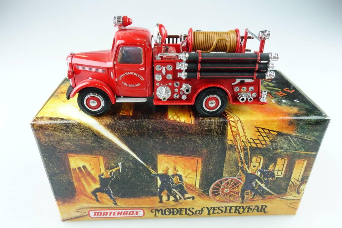 YFE17 1939 Bedford Feuerwehr - 47268