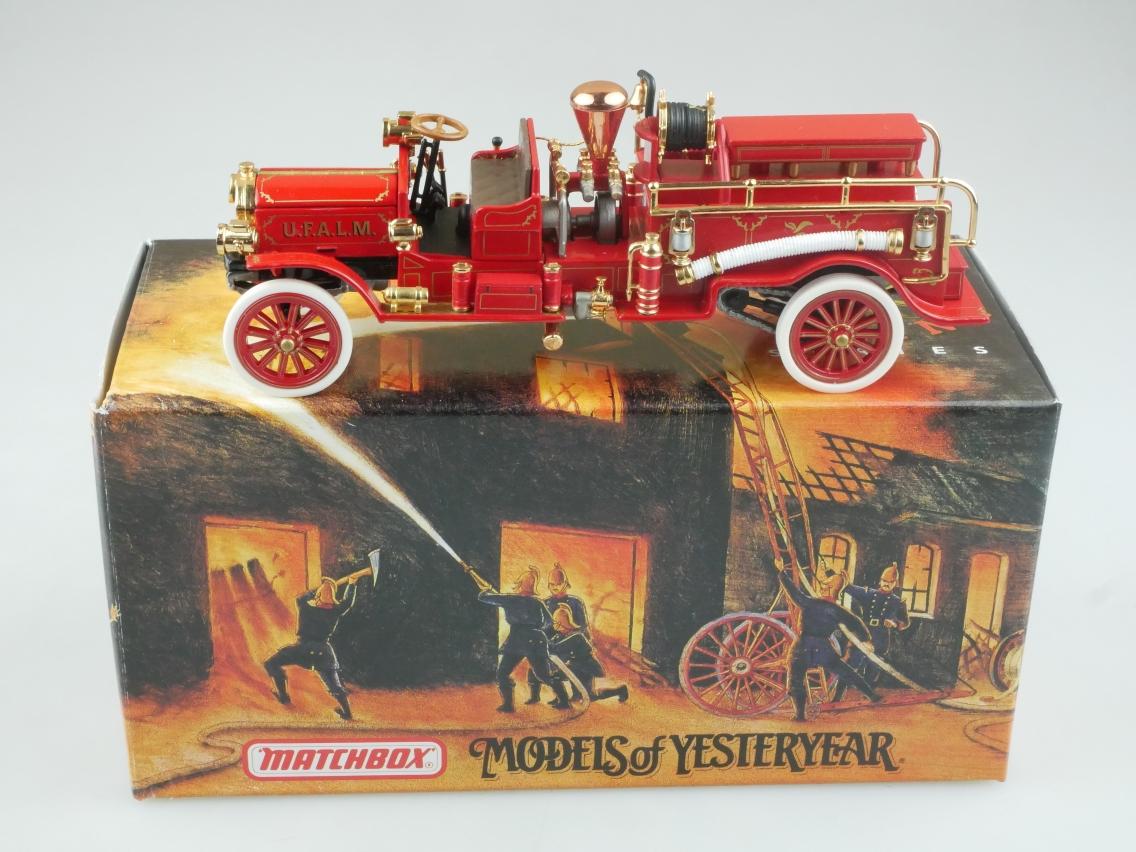 YFE24 1911 Mack Feuerwehr - 47275