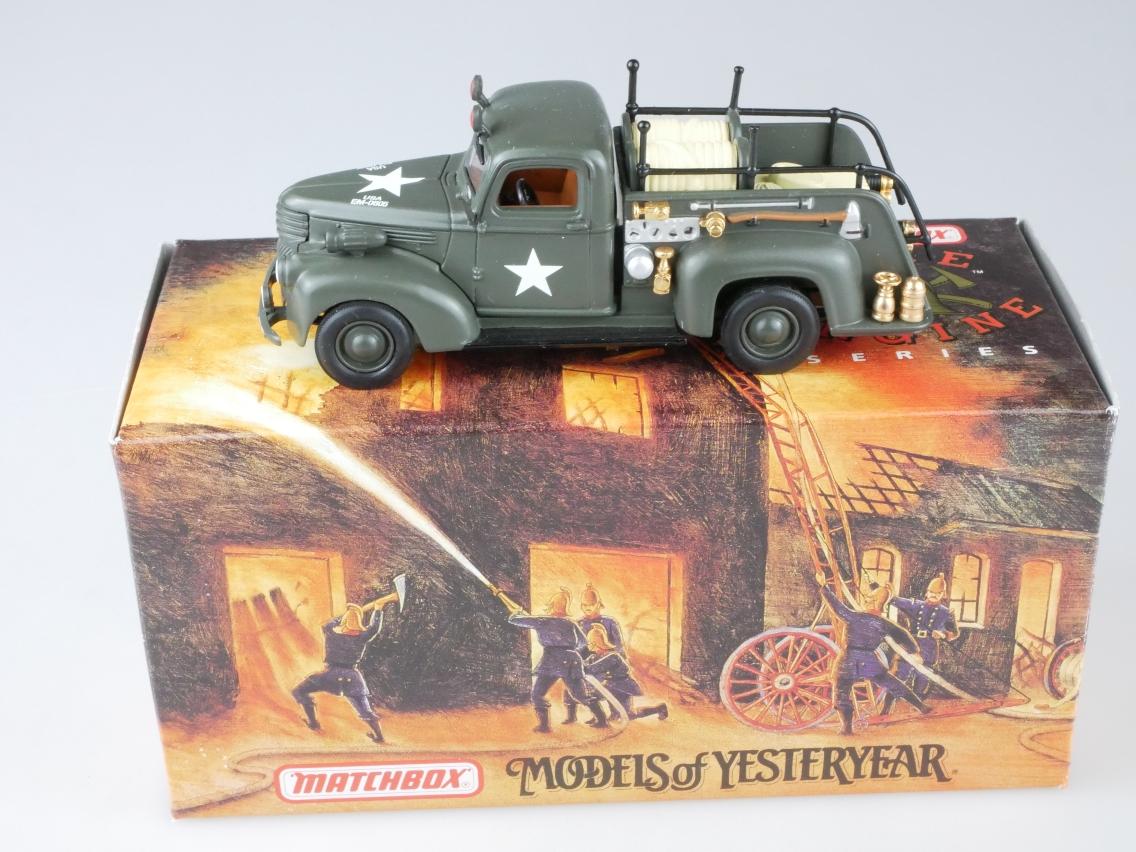 YYM35189 1941 Chevy Army Feuerwehr - 47278