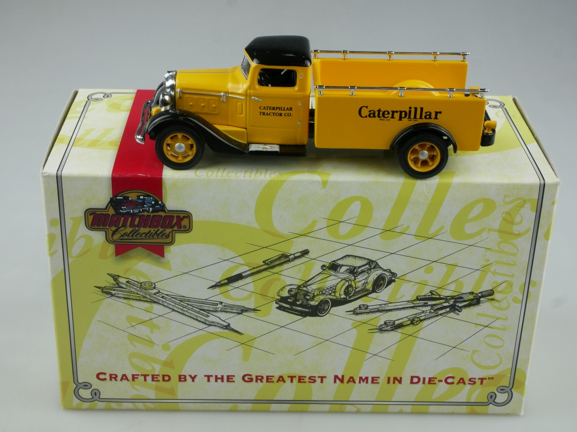 YYM36835 1933 Diamond T Caterpillar - 47347
