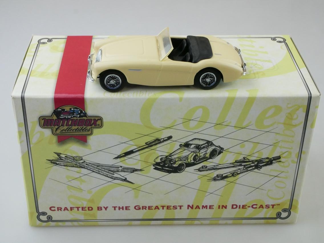 DYB04 1956 Austin Healey cremefarben - 47565