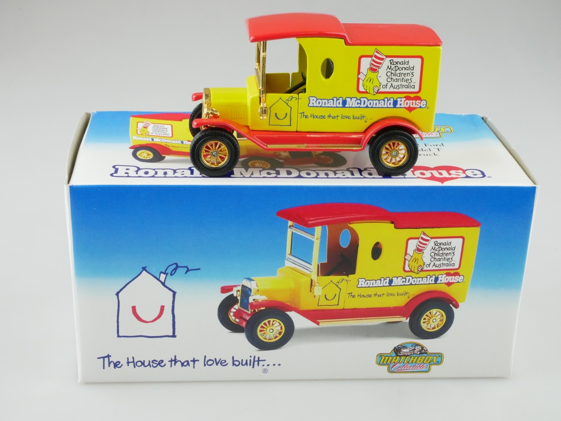 YCH01 1912 Ford T Lkw Ronald McDonald House - 47582