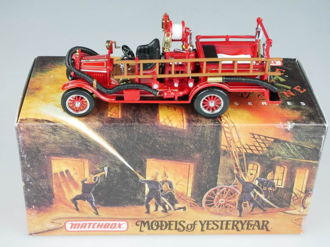 YFE22 1916 Ford Model T Feuerwehr - 47598