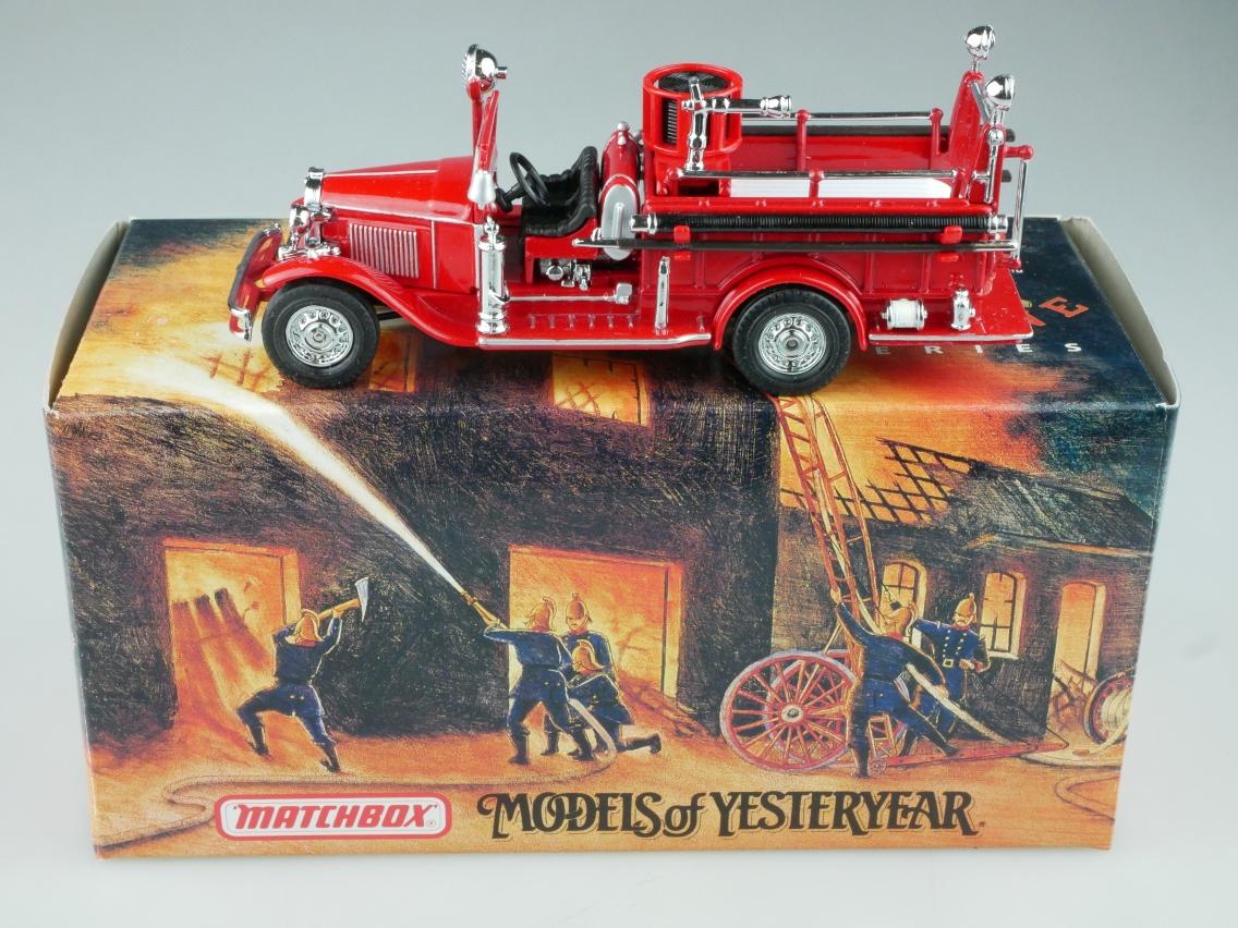 YFE09 1932 Ford AA offen Feuerwehr - 47601
