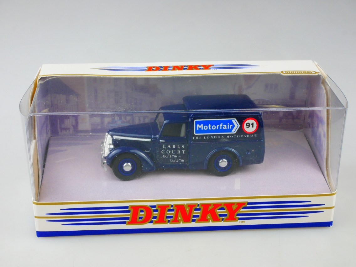 Dinky 8b 1948 Commer 8 CWT Van Motorfair 91 Earls Court Code 2  - 49077