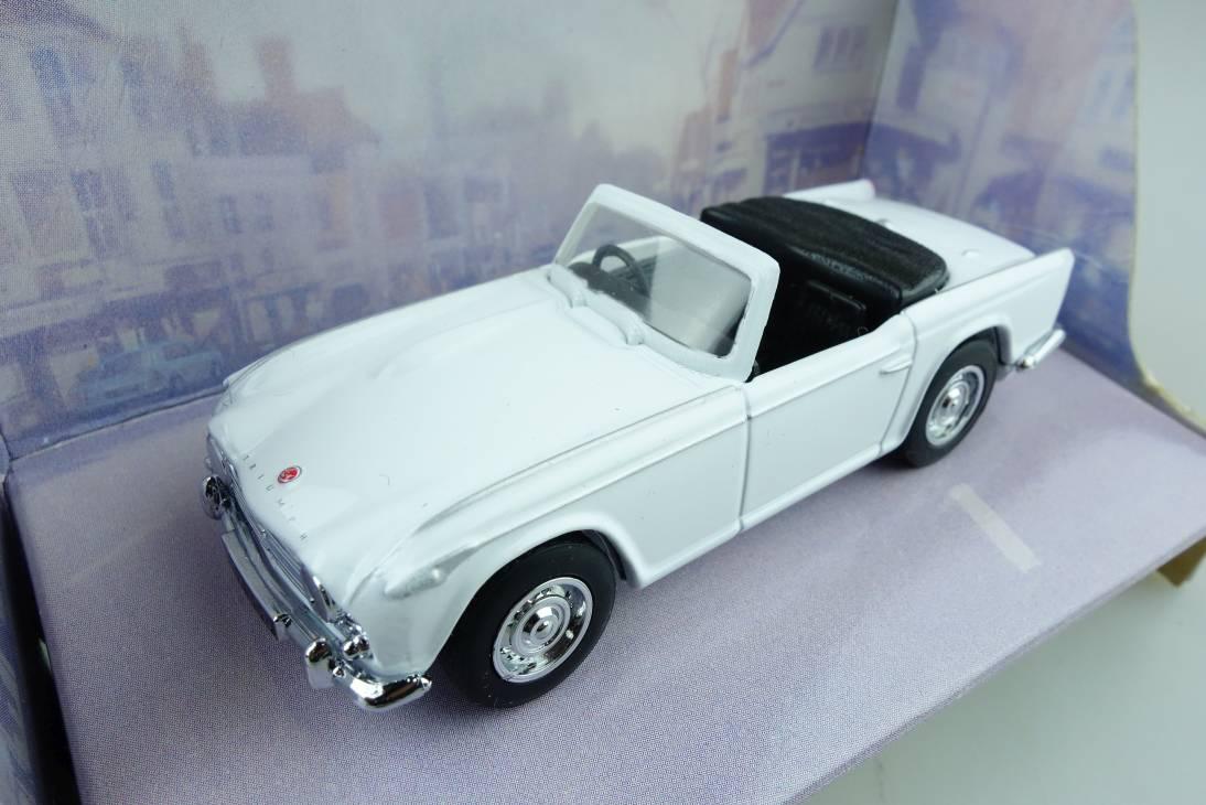 20a 1965 Triumph TR4a - 49202