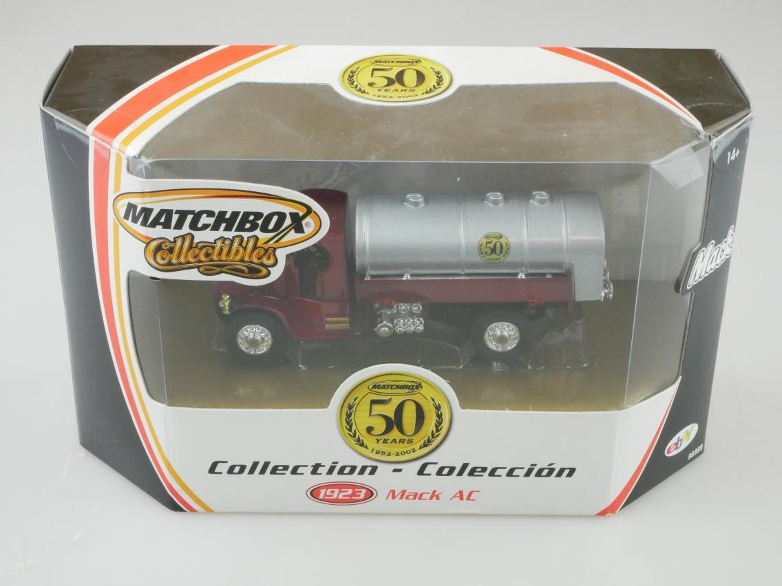 96999 1920 Mack Tanker Feuerwehr