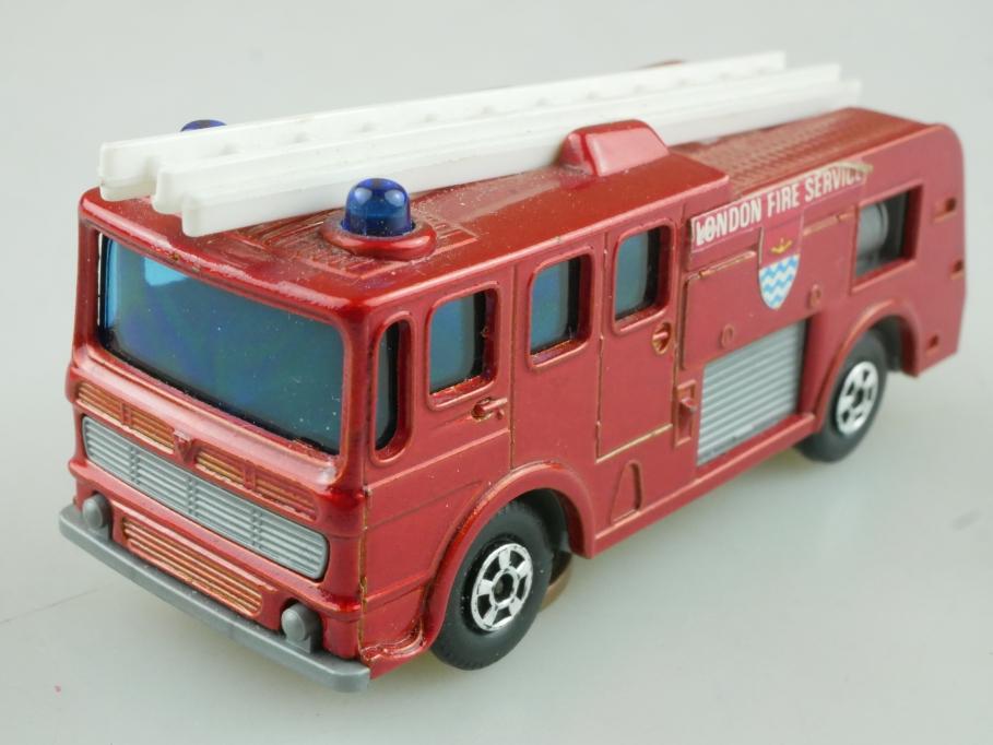 35-A Merryweather Fire Engine bronze - 55063