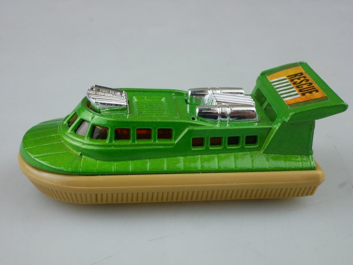 02-C Rescue Hovercraft - 56393