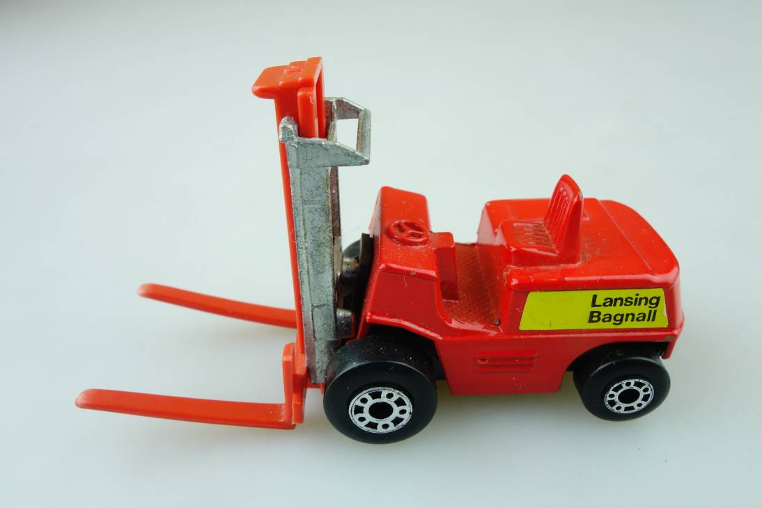 15-B Fork Lift Truck - 57349