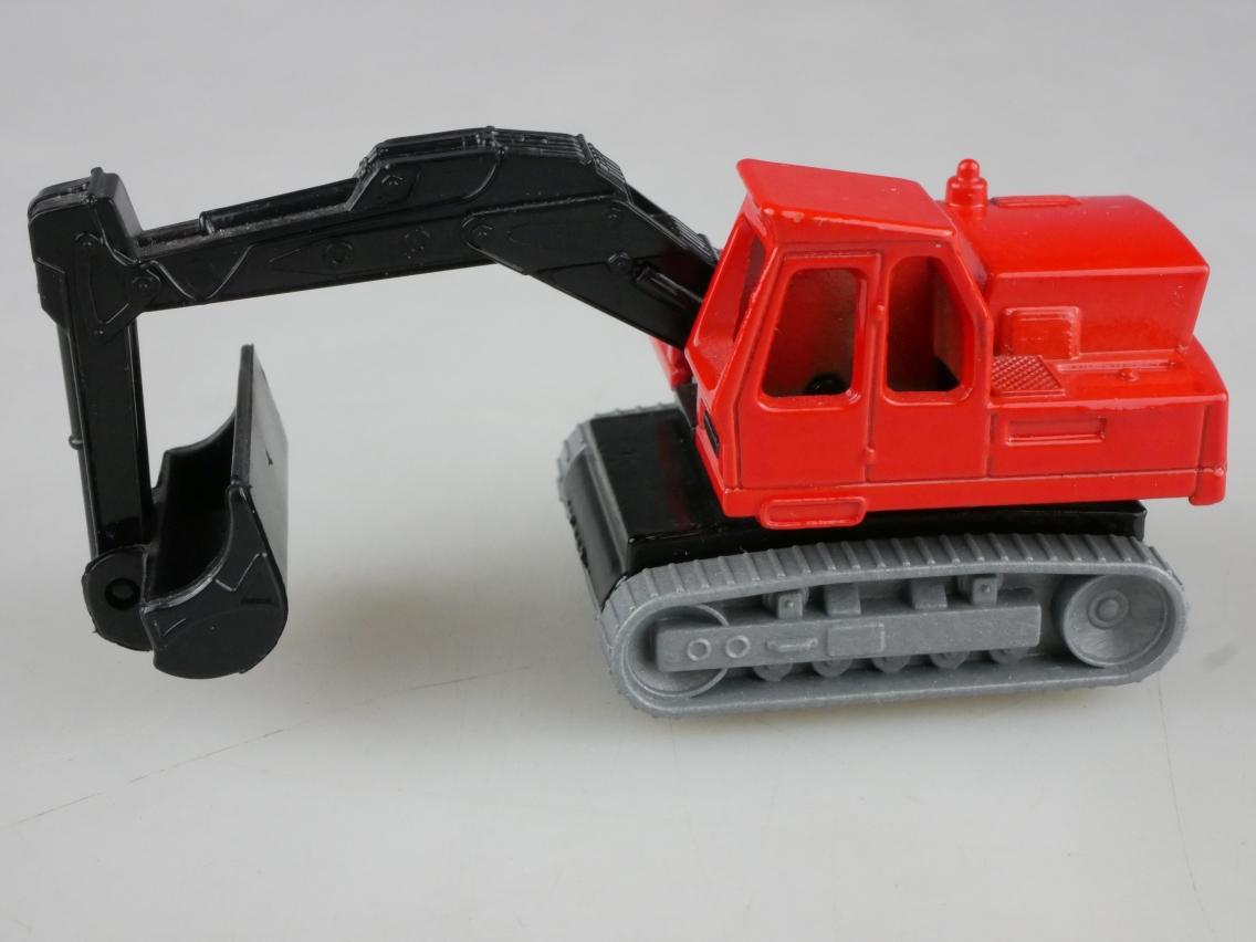 01-A Mercedes Truck - 58725