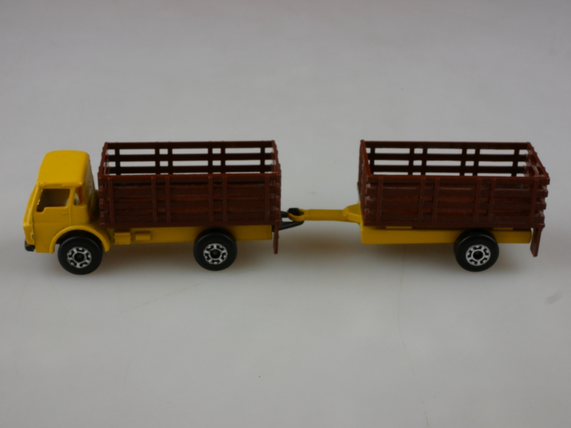 TP-103 Cattle Truck & Trailer - 59127