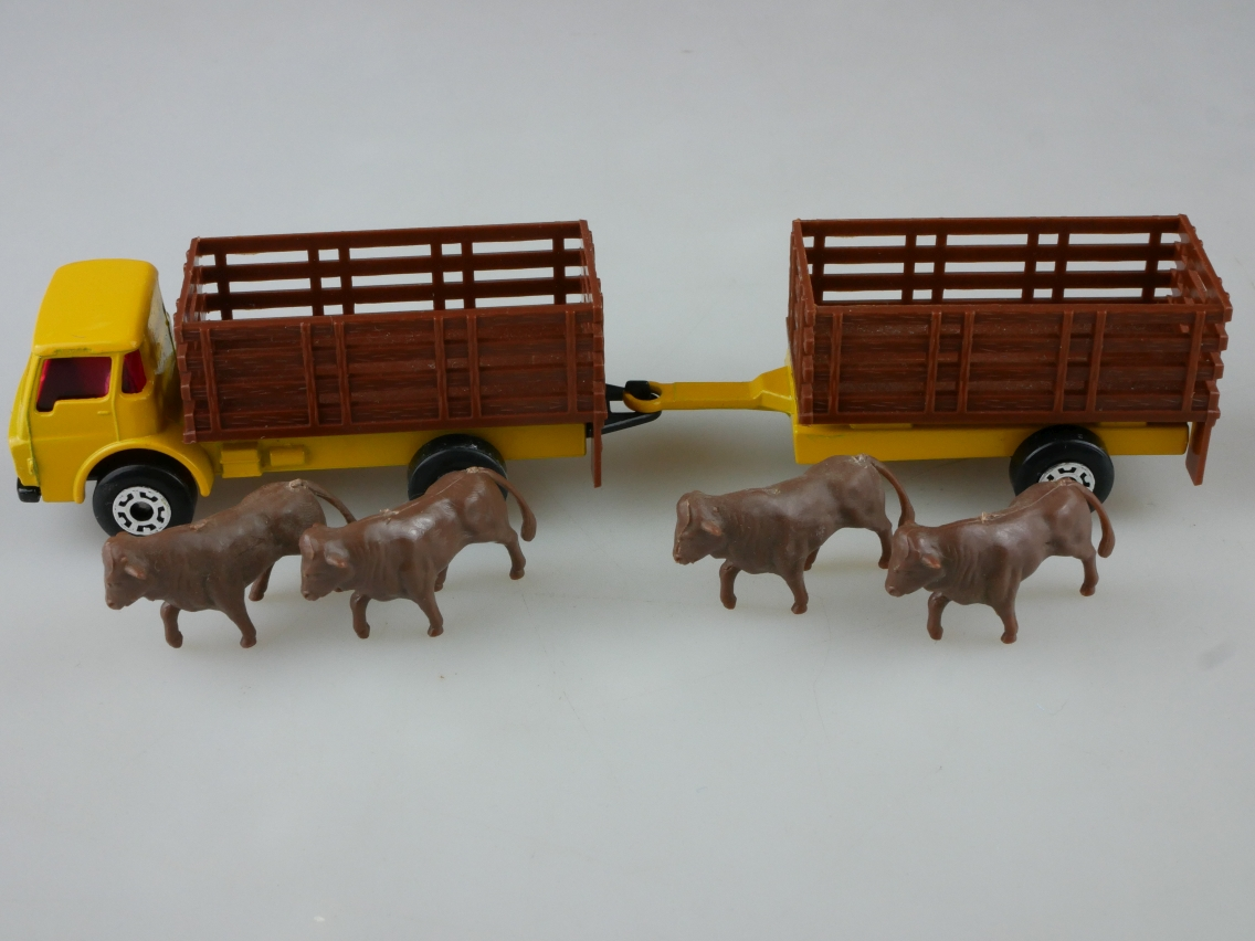 TP-103 Cattle Truck & Trailer - 59136
