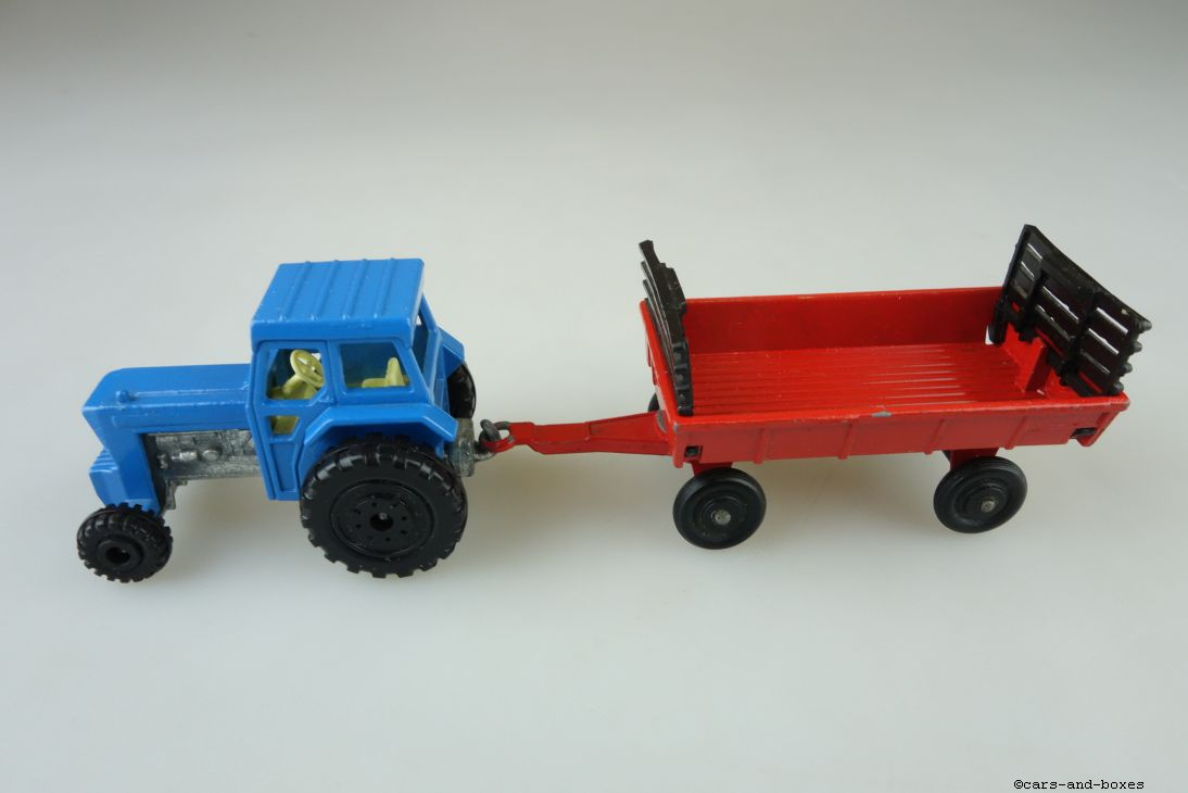 TP-108 Ford Tractor & Hay Trailer - 59858