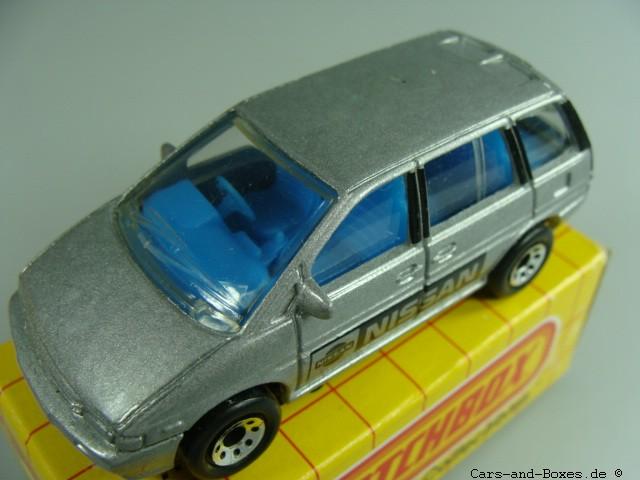 Nissan Prairie (31-I/21-G) - 61555