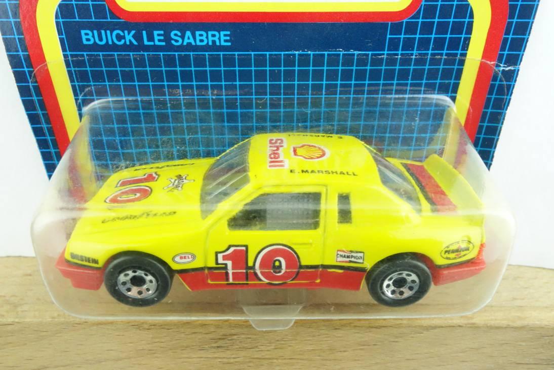 Buick Le Sabre (10-D) - 64614
