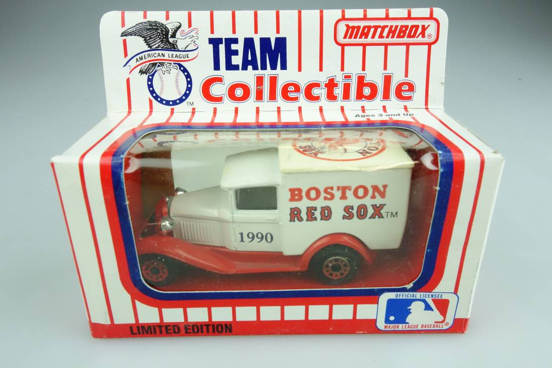Ford Model 'A' Van (38-E/76-C) MLB 90-02 Boston Red Sox - 64638