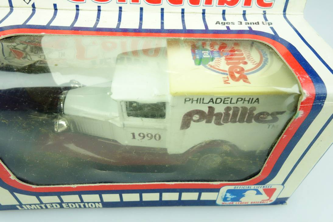 Ford Model 'A' Van (38-E/76-C) MLB 90-22 Philadelphia Phillies - 64656