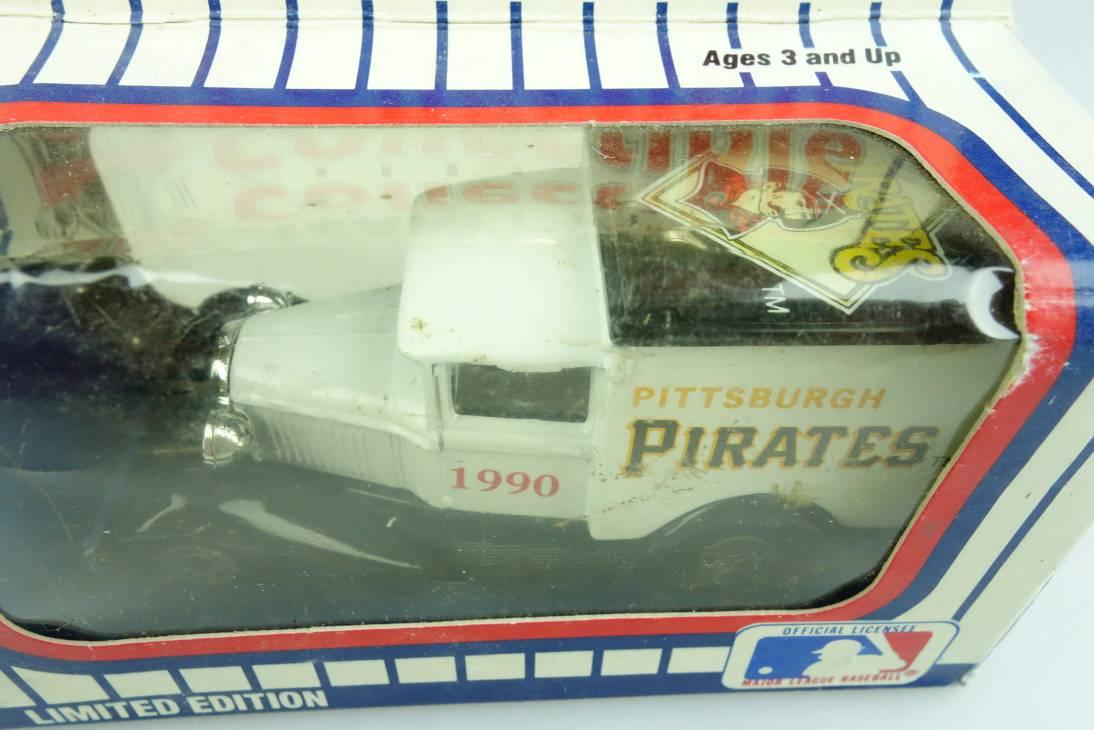 Ford Model 'A' Van (38-E/76-C) MLB 90-23 Pittsburgh Pirates - 64657