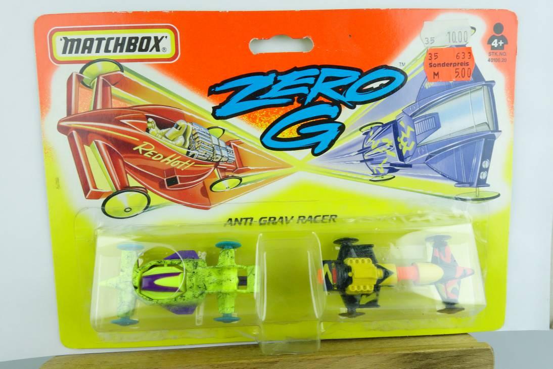 Zero G 1995 Anti Grav Racer - Sky Bolter & Flame Thrower - 64697
