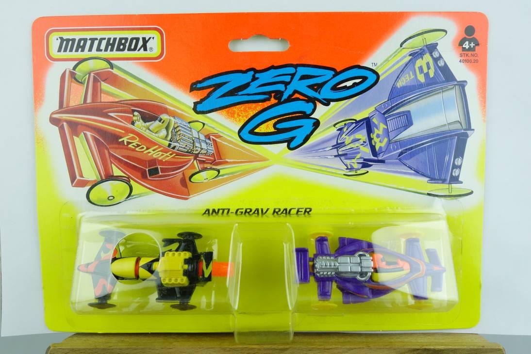 Zero G 1995 Anti Grav Racer - Flame Thrower & Formula G1 - 64698
