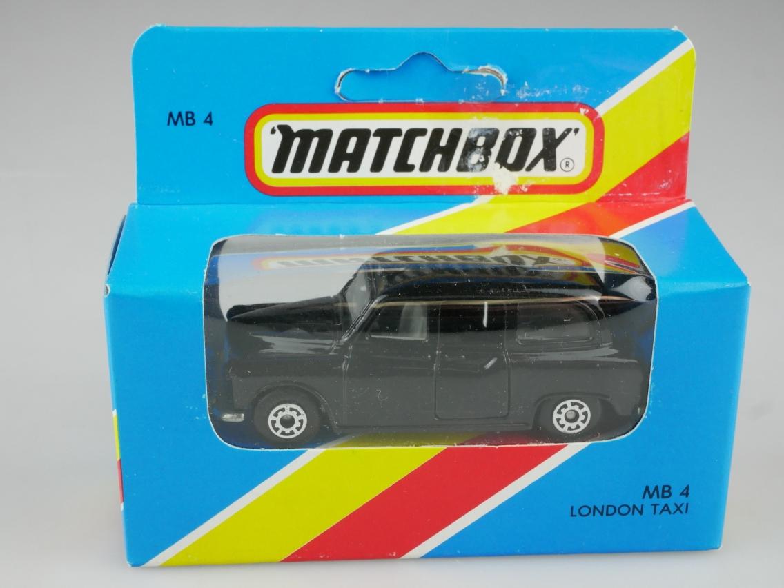Austin London Taxi FX4R (04-E) - 64963