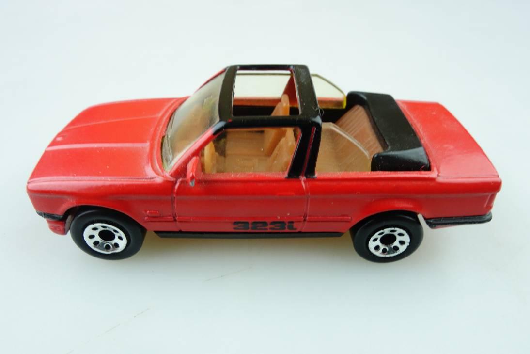BMW 323i Cabriolet (39-D/28-I) - 65014